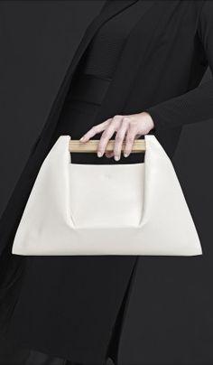 Chic Minimal Bag - minimalist handbag // PONS by Agnes Kovacs