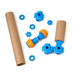 The playset provides plastic and foam connectors that let children build household cardboard tubes into elaborate constructions.