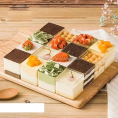 Jelly Desserts, Pudding Desserts, Dessert Recipes, Dessert Packaging, Food Packaging Design, Dessert Boxes, Dessert Cups, Vegan Blueberry, Blueberry Scones
