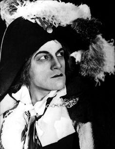 """Napoléon"", Abel Gance, 1927 Antonin Artaud y joue Marat. http://manufacturedeslettres.tumblr.com/post/60269688109/antonin-artaud-lacteur-avant-de-declarer-le"