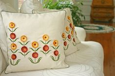 embroidered zinnias cushion with piping -tute