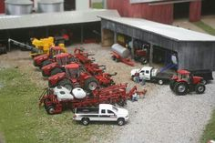 1/64 CASE IH Farm Display Monster Trucks, Toy Trucks, Fire Trucks, Model Truck Kits, Case Ih Tractors, Farm Layout, Toy Barn, Video Game Rooms, Toy Display