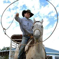 Blog: Gotta love it! Rancher gets on his horse, lassos bike thief outside Walmart in Oregon