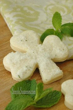 Brilliant! Never thought to add mint, but it sounds so yummy! --> Minted Shamrock Sugar cookies (via Simply Suzanne's)