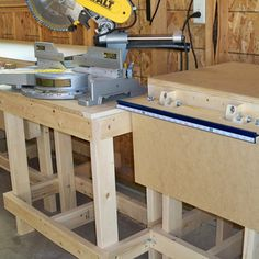 Complete measuring system for your miter saw, radial arm saw or drill press is faster and more accurate than putting a pencil mark on every . Garage Workbench Plans, Garage Tools, Portable Workbench, Kreg Tools, Garage Shop, Garage Storage, Tool Storage, Woodworking Shop Layout, Woodworking Bench Plans