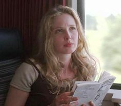 Julie Delpy reads.
