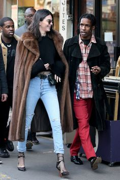Kendall Jenner Rocks a Fanny Pack in Paris