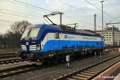 Trains and locomotive database and news portal about modern electric locomotives, made in Europe. Electric Train, Electric Locomotive, Railroad Tracks, Hd Wallpaper, German, Journey, Europe, Czech Republic, Wallpaper In Hd