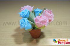 Kerajinan tangan membuat vas bunga dari kertas