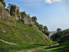 Castleton, Peak District Landscape Photography Tips, Scenic Photography, Landscape Photos, Aerial Photography, Night Photography, Cornwall England, Yorkshire England, Yorkshire Dales, Oxford England