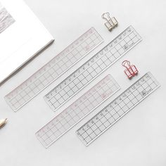 Buy MUJI STYLE Transparent Simple ruler acrylic ruler Learn stationery drawing supplies at Wish - Shopping Made Fun Korean Stationery, Japanese Stationery, Stationery Pens, Stationery Store, Kawaii Stationery, Stationery Design, Estilo Muji, Muji Stationary, Stationary Organization