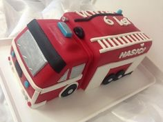 Ambulance, 3rd Birthday, Birthdays, Cakes, Party, Food, Snow White Parties, Autos, 3 Year Olds