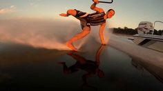 BAREFOOT WATER SKI CHAMPION OF THE WORLD KEITH ST.ONGE   https://www.facebook.com/pages/Water-Skiing/1396618023973587