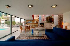 An inspiring Mid-Century Modern home in Los Angeles.