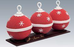 Laduree Buche de Noel