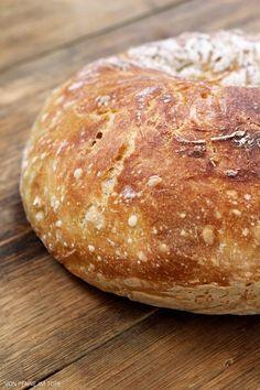 Brot und Brötchen - http://back-dein-brot-selber.de/brot-selber-backen-rezepte/brot-und-broetchen-2/
