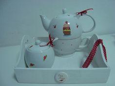 Bandeja con Tea for one y azucarera, by Porcelanas Exclusivas Kari