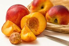 Peach Melba, Ripe Peach, Fruit Smoothies, Fruit Quiz, Fruit Crumble, White Balsamic Vinegar, Types Of Fruit, Stone Fruit, Healthy Recipes