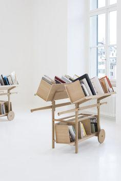 A Book Trolley http://www.bak.admin.ch/aktuelles/01832/02328/04814/index.html?lang=de