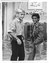 silver spoons Rick Schroeder and Alphonso Ribero Alfonso Ribeiro, 80s Tv, Celebrity Kids, Young Actors, I Remember When, Vintage Tv, Silver Spoons, Celebs, Celebrities