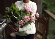 My Flower, Beautiful Flowers, Flower Farm, Flower Ideas, Flower Girls, Feminine Tomboy, Parcs, Pink Peonies, Peony