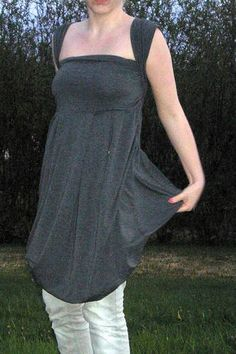 Lemuria's 4-in-1 dress - CLOTHING