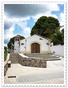 MIRANDA. Municipio Cristóbal Rojas. La Magdalena. Capilla en advocación a la virgen de la Magdalena, pueblo de la Magdalena, Foto Iván López, año 2008.