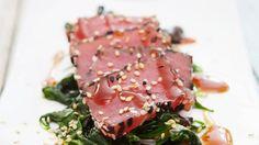 Rezept: Roher Thunfisch mit Spinat