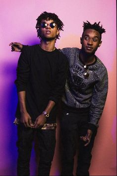 Rae Sremmurd- swae lee (left) and his brother slim Jimmy (right)