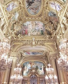 a weekend in Paris Baroque Architecture, Ancient Architecture, Beautiful Architecture, Classical Interior Design, Luxury Interior Design, Lacewings, Living Environment, Rococo Style, Pink Design