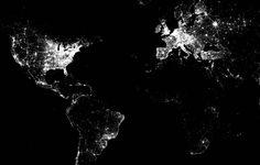 La geolocalización atrae a las marcas. Saber dónde está el usuario, cómo se comporta, qué hábitos tiene de compra y consumo, es esencial para una estrategia de marketing online. Conociendo su ubicación geográfica, las marcas pueden presentar el contenido más segmentado y personalizado a sus potenciales clientes. La herramienta más conocida de #geolocalización es #Foursquare.