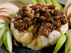 Sugar and Nut Glazed Brie Recipe : Paula Deen : Recipes : Food Network Best Thanksgiving Appetizers, New Year's Eve Appetizers, Appetizer Recipes, Brie Appetizer, Christmas Appetizers, Party Appetizers, Tapas, Baked Brie Recipes, Cheese Recipes