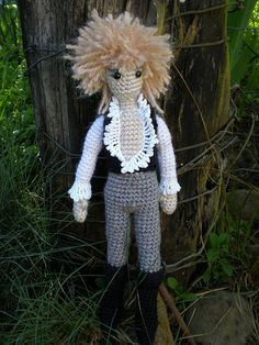 Crocheted Jareth! If only I knew how to crochet.