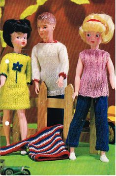 "12"" Dolls clothes knitting pattern. Barbie, Sindy .  Vintage copy. PDF Instant download"