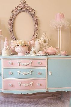 Luv My Stuff shabby chic home décor creations More #shabbychicdresserscolors #shabbychicbedroomsteen