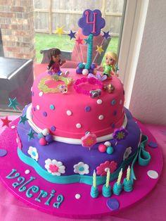 Dora & Friends Birthday Cake