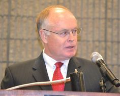 Jackson Addresses Executives at IPPE Luncheon