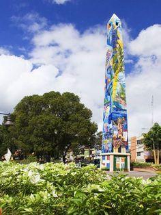 Obelisco Parque Palo Hincado, La Romana, R.D.