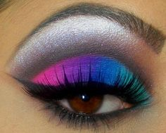 Image about fashion in lips, eyes n faces by Nora Party Eye Makeup, Bold Eye Makeup, Creative Eye Makeup, Eye Makeup Steps, Unique Makeup, Colorful Eye Makeup, Cute Makeup, Makeup Art, Beauty Makeup