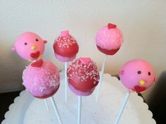 Kinder's Kupcakes Valentine cakepops!  The love bird and the cupcake cakepop!