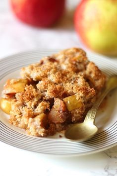 dietetyczne jabłka pod kruszonką French Toast, Cookies, Chicken, Breakfast, Cake, Ethnic Recipes, Crack Crackers, Morning Coffee, Biscuits