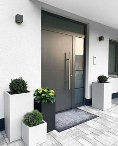 Modern Entrance Door, Home Entrance Decor, House Entrance, Entrance Doors, Front Doors, Door Design, Exterior Design, House Front, Modern House Design