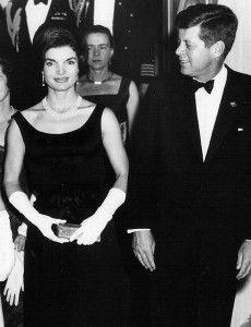 Little black dress: l'intramontabile abito di Coco Chanel – Il Salotto degli Eventi