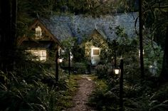 breaking dawn part 2 movie stills cottage - Google Search.  If I had a cottage ....so cute.  Perfect little starter home too!