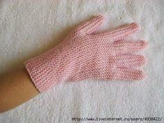 Перчатки на двух спицах без шва.