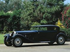 Cars - Art Deco Automobile Information and Images Highest Price Car, Rolls Royce Black, Bugatti Royale, Car Wall Art, Bugatti Cars, Best Classic Cars, Vintage Trends, Car Posters, Vintage Race Car