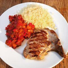 Côte de porc avec poivronade #porc #cotedeporc #poivron #cuisinemaison #cuisine #food #homemade #faitmaison N'hésitez pas à nous demander la recette nous la publierons dans notre bloghttp://ift.tt/2nr5K9O #eat #foodporn#instagood #photooftheday#yummy #sweet #yum #Instafood #dinner #fresh #eatclean #foodie #hungry #foodgasm #tasty #eating #foodstagram #cooking #delish #foodpics #french Vous pouvez nous suivre dans Twitter @mememoniq ou sur Facebook http://ift.tt/1JA3KvP