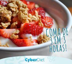 Você sabe por que comer de 3 horas em 3 horas é importante? Isso mantém a taxa de glicose (o açúcar do sangue) regulada e o metabolismo ativo, ou seja tudo o que o seu organismo precisa para emagrecer de forma saudável! http://maisequilibrio.com.br/nutricao/guia-da-dieta-saudavel-2-1-1-681.html