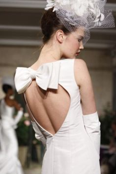 Elegant Bow Back Wedding Dress ♥ Oscar de la Renta Bridal Collection #1910965 | Weddbook