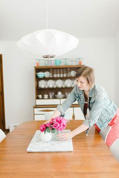 Carrie Waller is thewriter, stylist and photographer behind the lifestyle and crafting blog, Dream Green DIY, which was founded in March 2011. She is also the Features Editor for Glitter Guideand contributes content regularly toBetter Homes and Gardens, eHow.com, Oriental Trading…